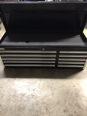 General toolbox chest for Sale in Bakersfield, CA