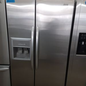 Kenmore elite Refrigerator Stainless Steel for Sale in Modesto, CA