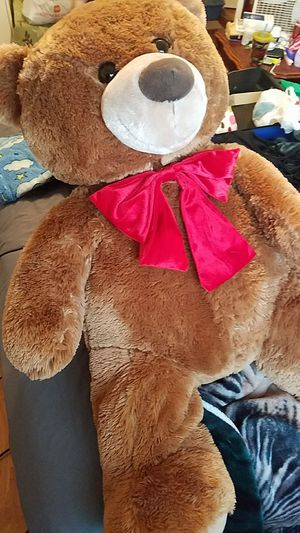 Giant teddy bear for Sale in Ingleside, TX