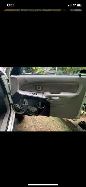 2001 to 2004 door panels trade for stock power ones for Sale in Kaneohe, HI