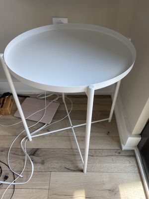 Side table for Sale in Washington, DC