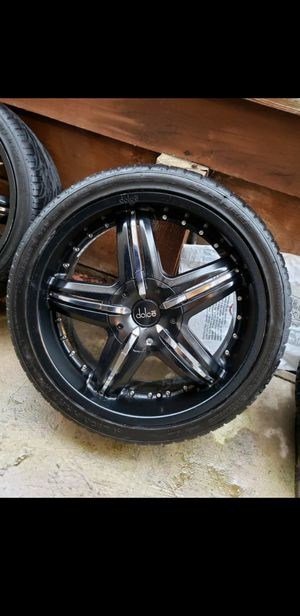 Rims 5 lugs 245/35zr20 for Sale in Pittsburg, CA