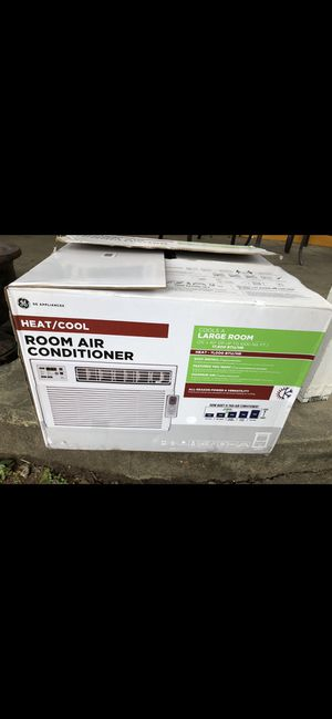 GE Heat and cool window AC unit for Sale in Houston, TX