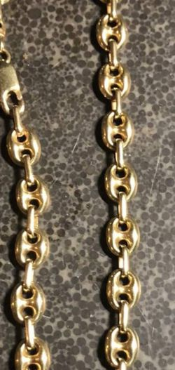 """24"""" Gucci puff Link chain for Sale in Salem,  MA"""