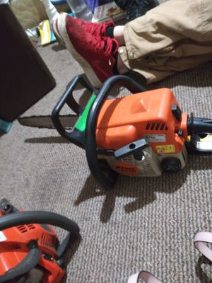 A Stihl and a Husqvarna 16in chainsaw hi for Sale in Plano, TX