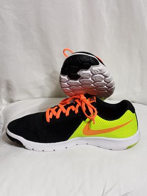 Nike, unisex sport shoes, size 5 for Sale in Philadelphia, PA