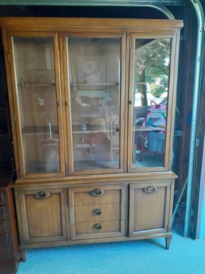 Vintage China cabinet.. for Sale in Aurora, IL