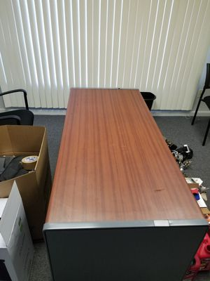 Office furniture ..$400 . good deal all together ) for Sale in Nashville, TN