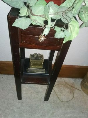 Solid Wood night stand for Sale in Waterloo, IA