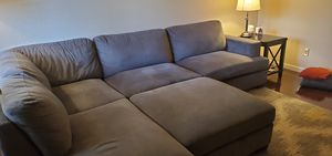 Sectional Couch w/ Ottoman for Sale in Concord, CA