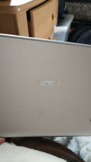 Asus Chromebook and the charger with it for Sale in Palmdale, CA