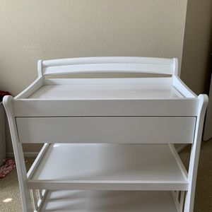 Diaper Changing Table. for Sale in Irvine, CA