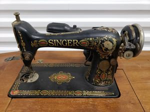 Antique Singer Sewing Machine for Sale in Los Angeles, CA