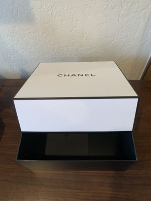 Chanel perfume empty box authentic for Sale in Mission Viejo, CA