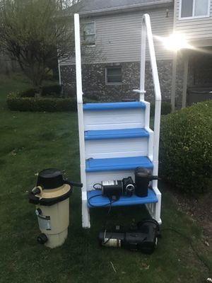 Pool accessories New steps, 1 earth filter, & 2 Hayward pumps. Deal of the season!!! for Sale in Coraopolis, PA