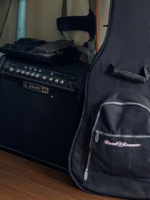 Amp and foot pedal only guitar separate for Sale in Summerville, SC