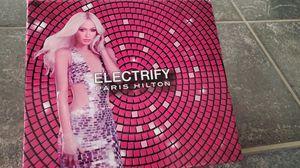 "Paris Hilton Gift Set ""ELECTRIFY "" for Sale in Visalia, CA"
