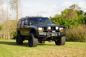 1997 Jeep Cherokee XJ 4X4 Lifted 33 tires for Sale in Riverview, FL