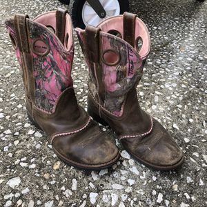 Smoky Mountain Boots - Pink Camo/ Girls size 3 for Sale in Plant City, FL