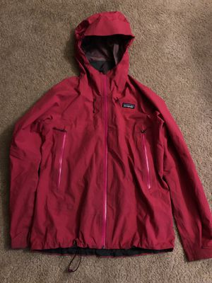 Women's Patagonia jacket for Sale in Fife, WA