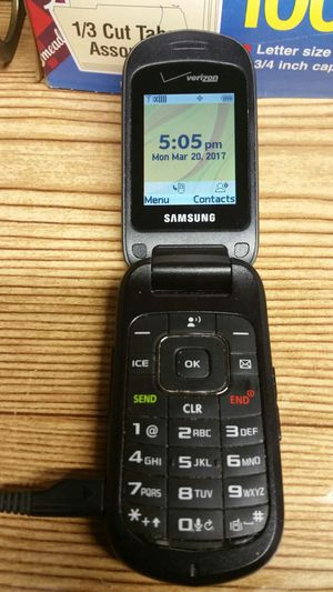 SAMSUNG VERIZON Phone for Sale in St. Louis, MO
