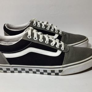 Lightly Used Old Skool Vans Size 11.5 Free Shipping for Sale in Kennesaw, GA