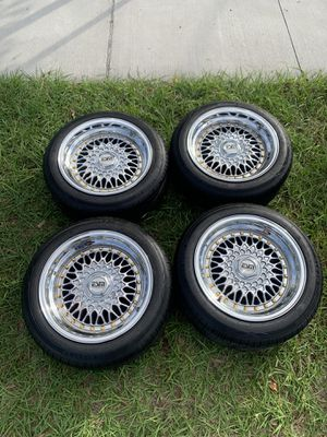 ESM 002r 15x8 4x100 5x100 brand new rims and tires for Sale in Kissimmee, FL