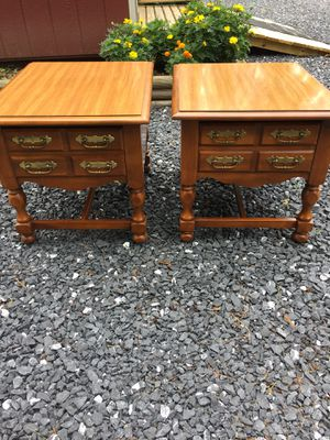 "Nice Pr.hardwood End Tables,Oak Finish,21""tall,22""long,27""deep,very good condition for Sale in Waynesboro, VA"