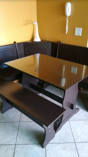 Dining Table Farm Style L Shape Chair, Bench Good Condition there are 2 storage compartments in the short and long bench seats along the walls. for Sale in Diamond Bar, CA