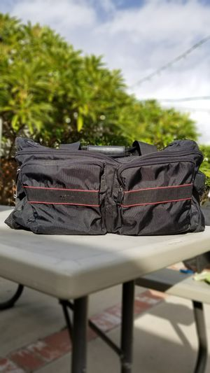 Nice clean duffle bag for Sale in Temple City, CA