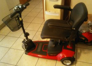 Go go ultra x scooter for Sale in Yuma, AZ