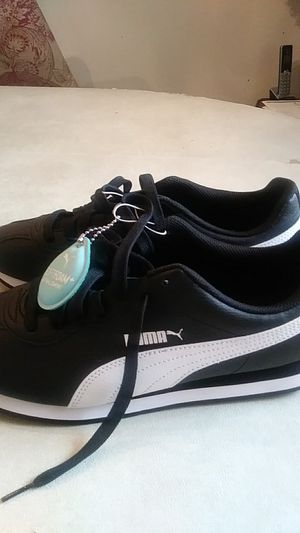 sneakers puma size 10.5 new for Sale in Germantown, MD