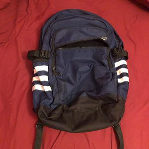 Adidas back pack for Sale in Glendale, AZ