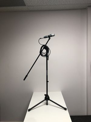 MICROPHONE and STAND .Cable included.Brand new for Sale in Miami, FL