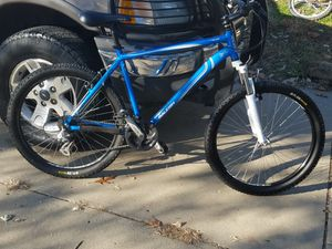 Raleigh mtn bike pickup smithville mo for Sale in Smithville, MO