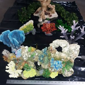 Fish tank decor for Sale in San Bernardino, CA