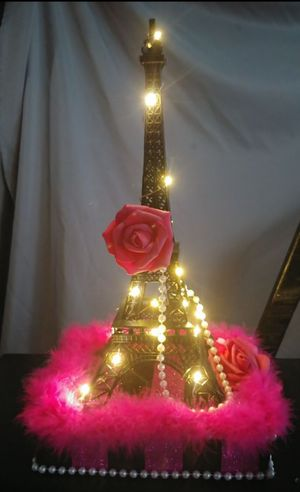 6 Eiffel Tower center pieces for Paris themed party for Sale in Tacoma, WA