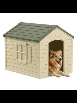 BRAND NEW Suncast Deluxe Dog House, DH250 FOR$60 for Sale in Bayonne, NJ