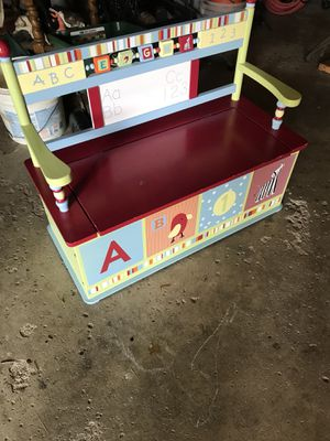 Toy Box/Bench for Sale in Bloomingdale, IL