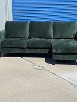 Beautiful Green Velvet Sectional, Floor Model, Retails For Over $750 for Sale in Fowler,  CA