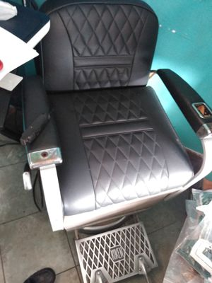 Koken barber chair for Sale in Nashville, TN