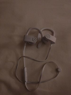 Beats wireless headphones for Sale in Glen Burnie, MD