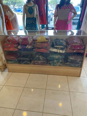 Maple color display/ show cases for Sale in Richardson, TX