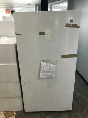 Freezer (Upright) for Sale in St. Louis, MO