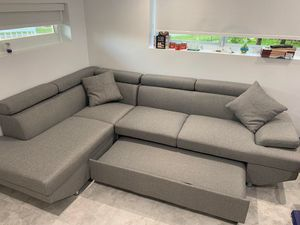 New sectional sofa with mini sleeper newnew for Sale in Lauderhill, FL
