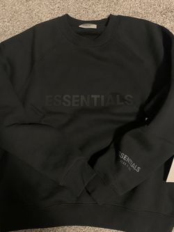 Fear Of God Essential Crewneck Size S for Sale in Wickliffe,  OH