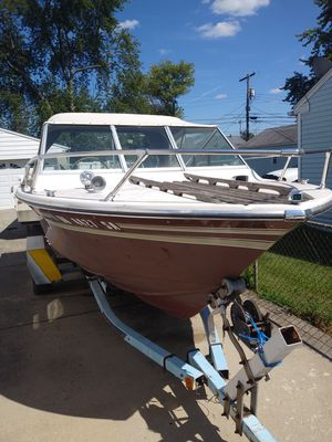 Classic speed boat with ez loader trailer for Sale in Whitehall, OH