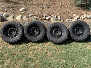 285/70r17 Dodge Ram rims and tires, 5 lug for Sale in Riverside, CA