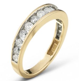 Brand new 1 CT tw Diamond Ring 10k Yellow Gold Size 7 Modern Bride wedding band for Sale in Denver, CO