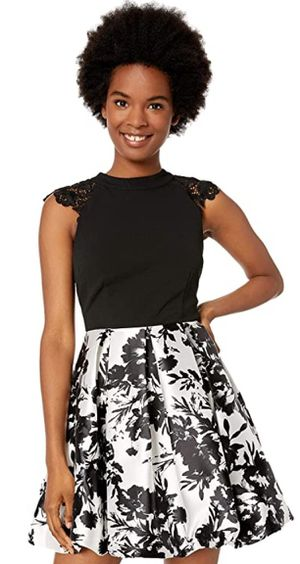 Women's Juniors X-Small lace shoulder Fit and Flare Dress for Sale in Elk Grove Village, IL